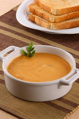 Crema de zanahoria y pistache deslactosada