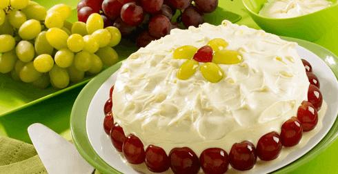 Pastel tres leches queso con uvas