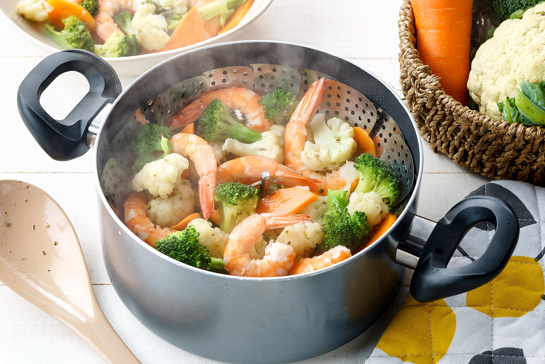 Steamed Shrimp and Vegetables
