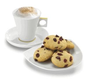 Cappuccino con galletas de arándano