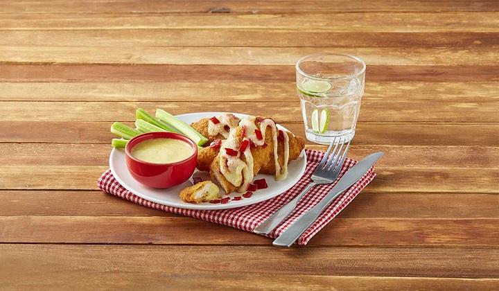 Tacos ahogados de pollo con salsa morita