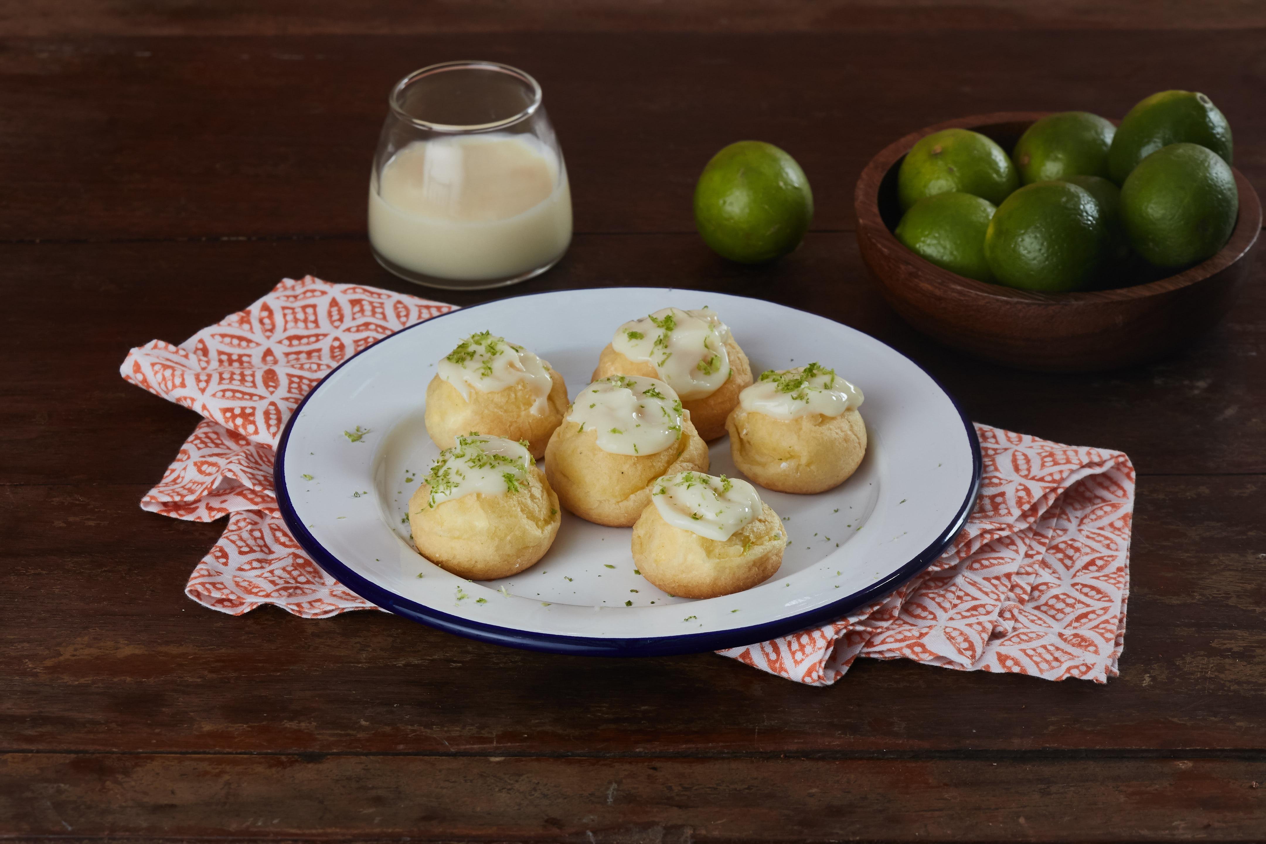 Profiteroles de Cheesecake de Limón