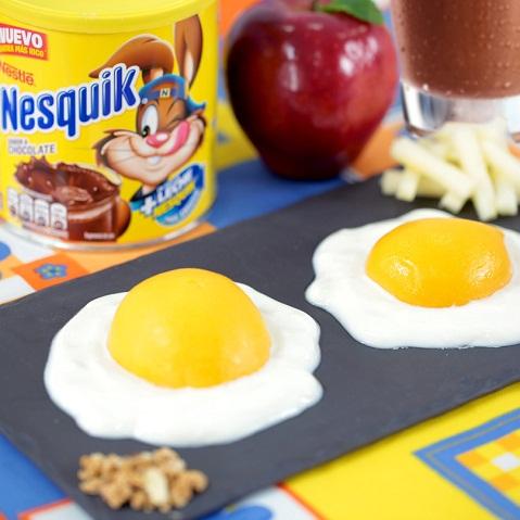 Huevos fingidos