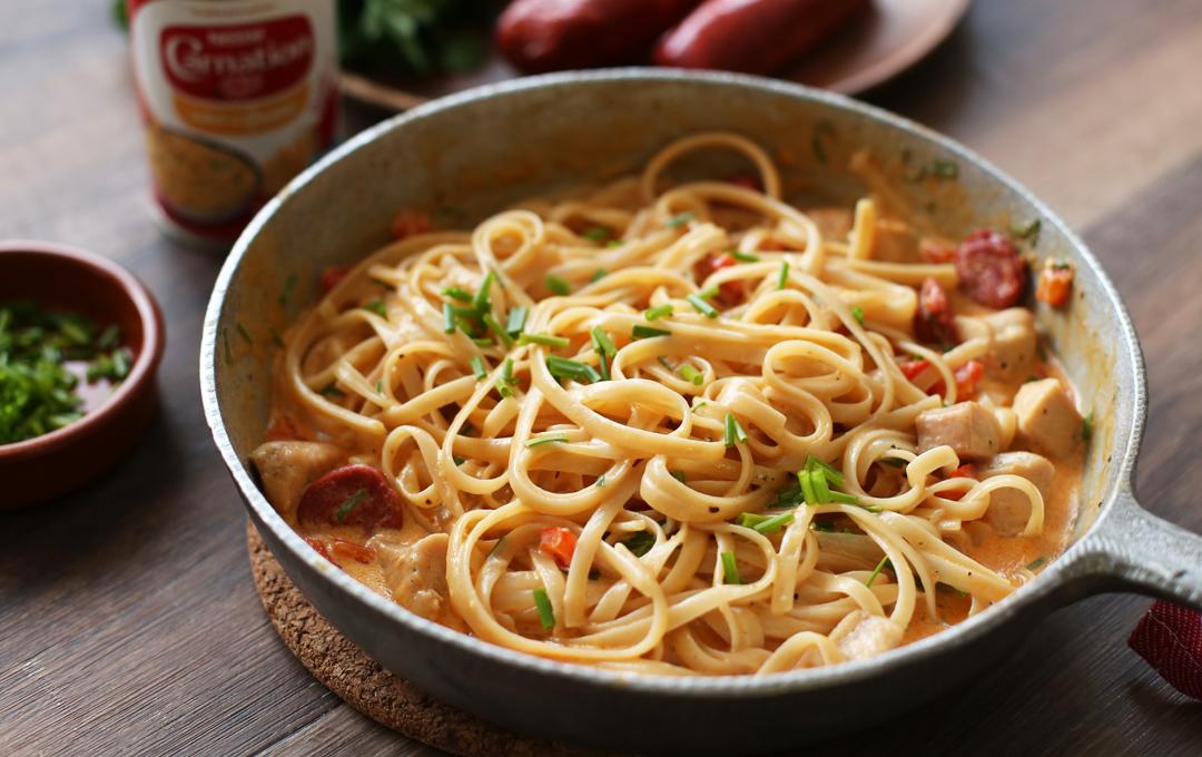 Pasta con Chorizo y Pollo