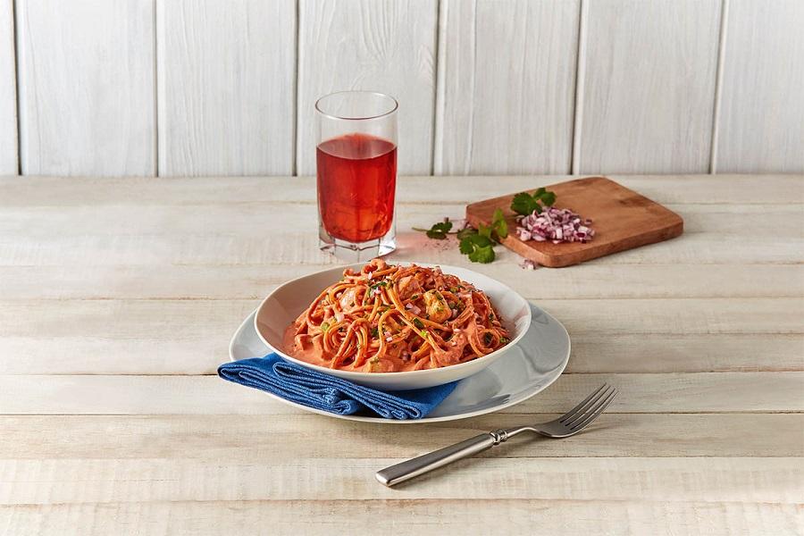 Espagueti con salsa de achiote
