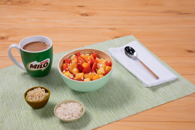 Ensalada de Frutas y Quinua