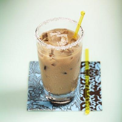 Iced Cinnamon-Honey Latte