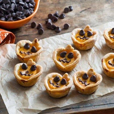 Mini Pumpkin Pie Jack-O-Lanterns