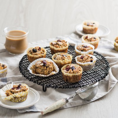 Baked Almond Oatmeal Cups