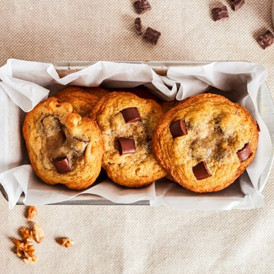 Original NESTLÉ® TOLL HOUSE® Chocolate Chunk Cookies