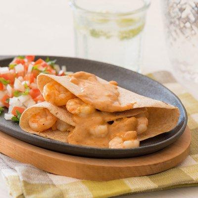 Enchiladas de Camarones en Salsa de Chipotle
