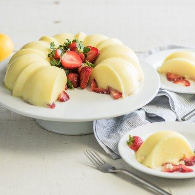 Creamy Strawberry Lemonade Gelatin