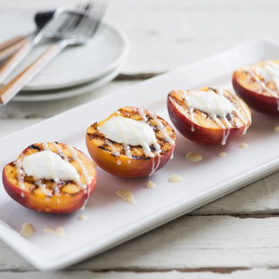 Grilled Peaches with Yogurt and Sweetened Condensed Milk