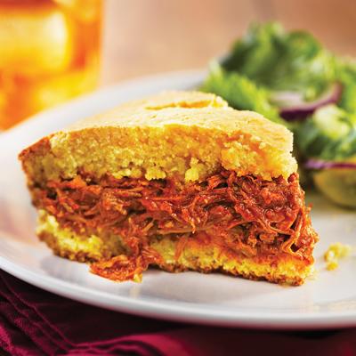 Pastel de Tamal de Cerdo con Chile Rojo