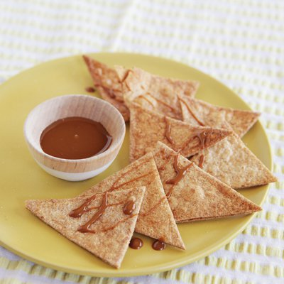 Baked Whole Wheat Churro Chips with Dulce de Leche