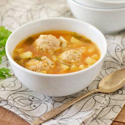 Sopa de Albóndigas de Pavo