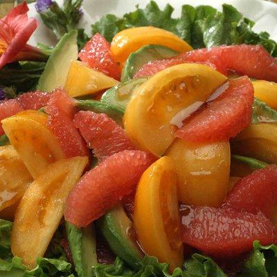 Calming Grapefruit Avocado Salad
