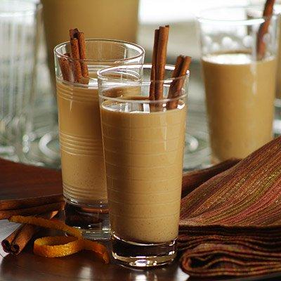 Cola de Mono: Traditional Chilean Holiday Beverage