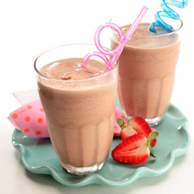 Choco-Strawberry Banana Smoothie