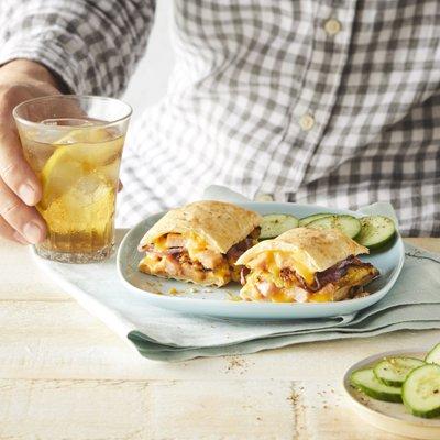 Sandwich Hawaiano HOT POCKETS®