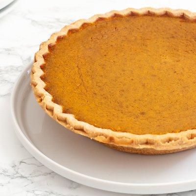 Famoso Pie de Calabaza LIBBY'S® con CARNATION® Almond Cooking Milk