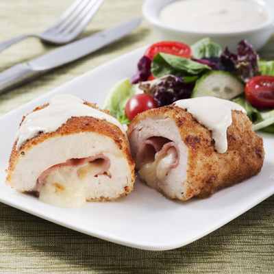Pollo Cordon Bleu con Salsa Cremosa de Mostaza