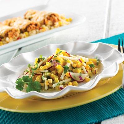 Ensalada de Mango, Jicama y Maíz