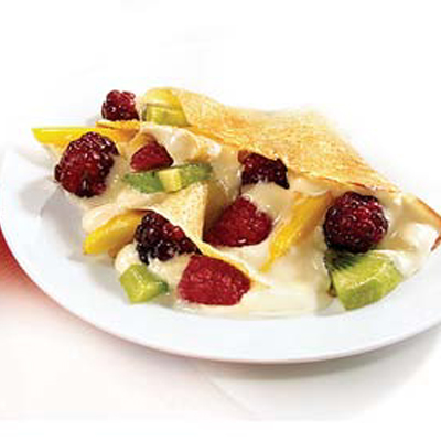 Fruit & Cream-Filled Crêpes