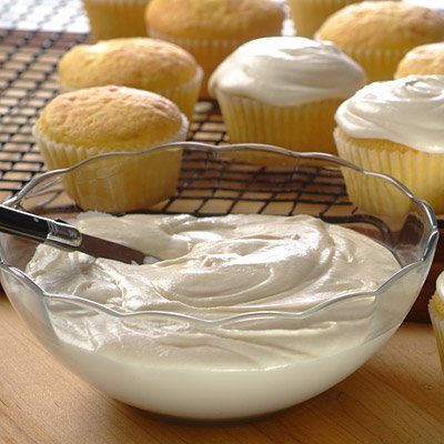 Creamy CARNATION® Frosting