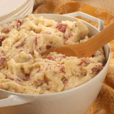 Creamy Smashed Red Potatoes with Cheese