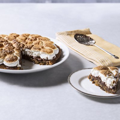 S'mores Skillet Pie