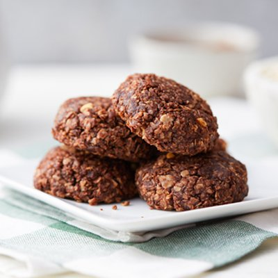 Chocolate, Peanut Butter and Oatmeal No-Bake Cookies