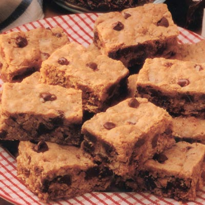 Chewy Choc-Oat Chip Bars
