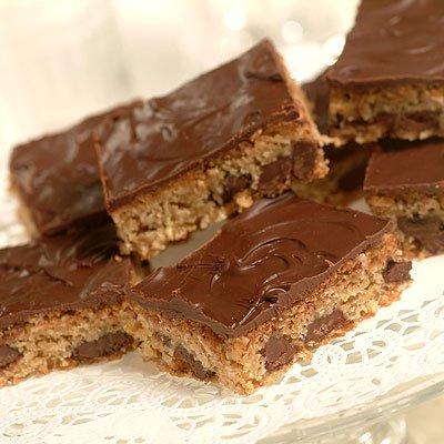 Chunky Chocolate Blonde Brownies