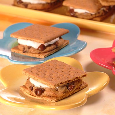 NESTLÉ® TOLL HOUSE® Cookie S'mores