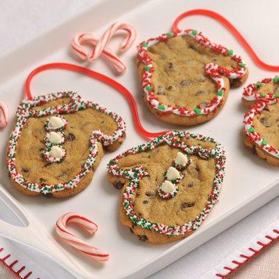 Snowday Cookie Mittens