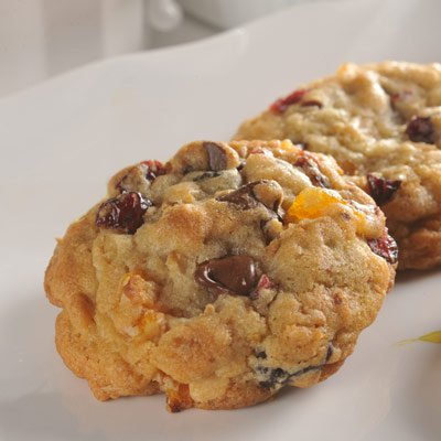Trail Mix NESTLÉ® TOLL HOUSE® Cookies