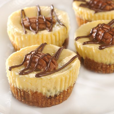 Chocolate Pecan Cheesecake Cookie Cups