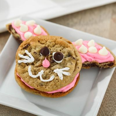 NESTLÉ® TOLL HOUSE® Chocolate Chip Bunny Sandwiches