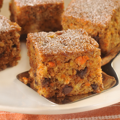 NESTLÉ® TOLL HOUSE® Carrot Snack Cake