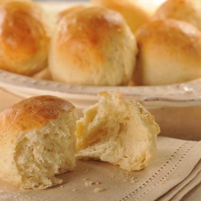 Bread Machine Garlic Dinner Rolls