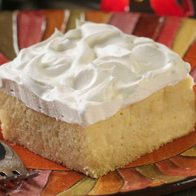Splenda® Sugar Blend for Baking Tres Leche Cake