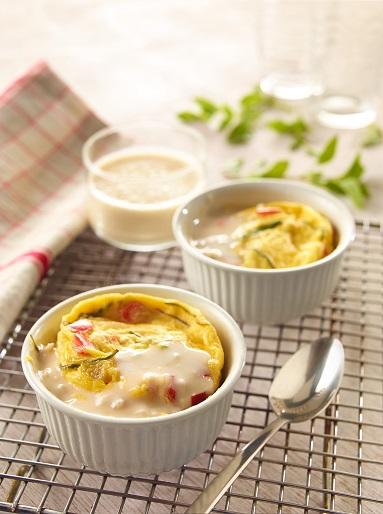 huevo al microondas con salsa de cebolla