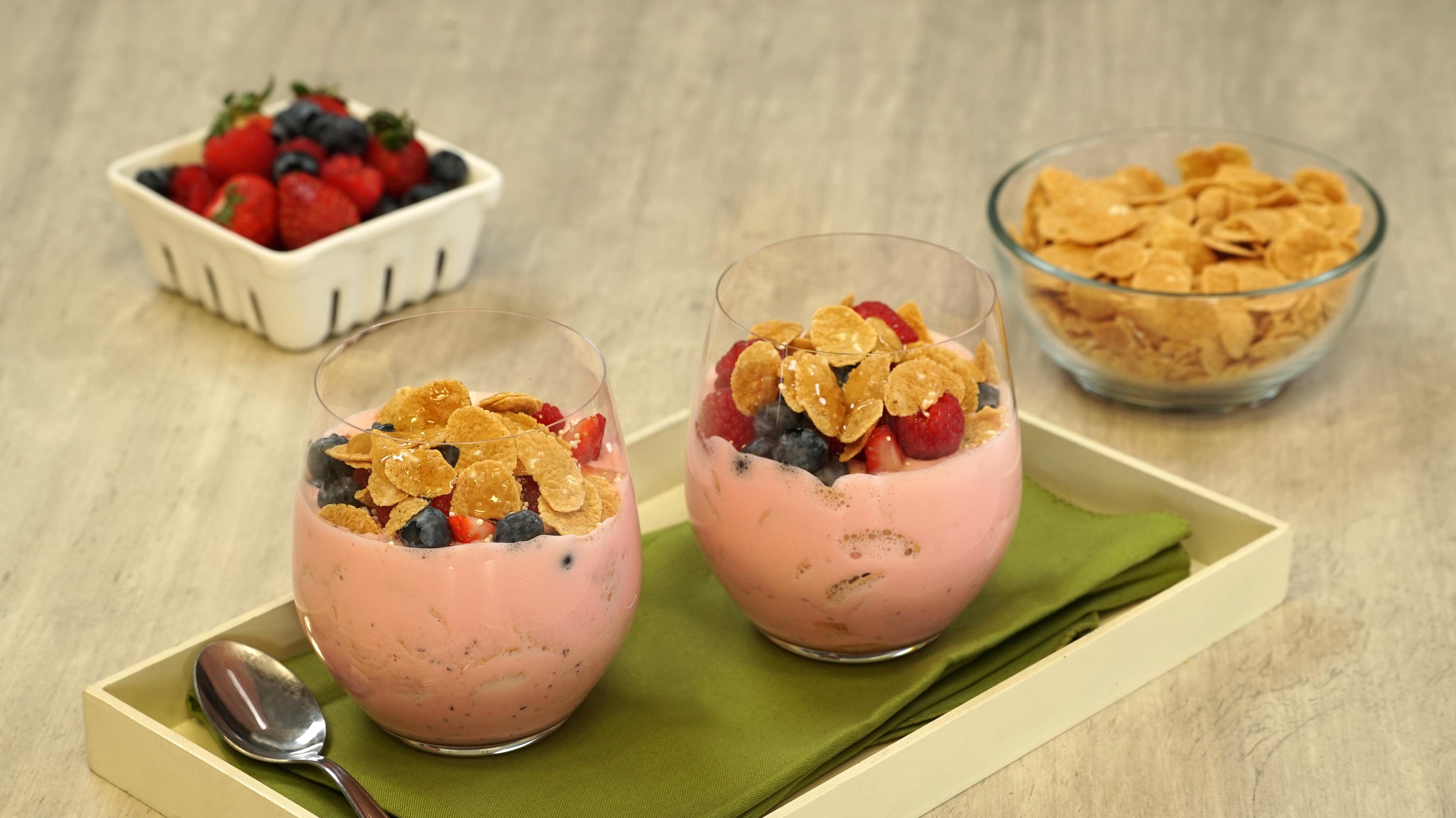 Cremoso de cereal y frutos rojo
