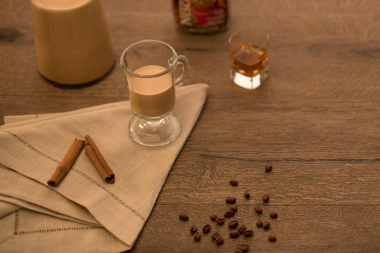 PONCHE DE WHISKY Y CAFE