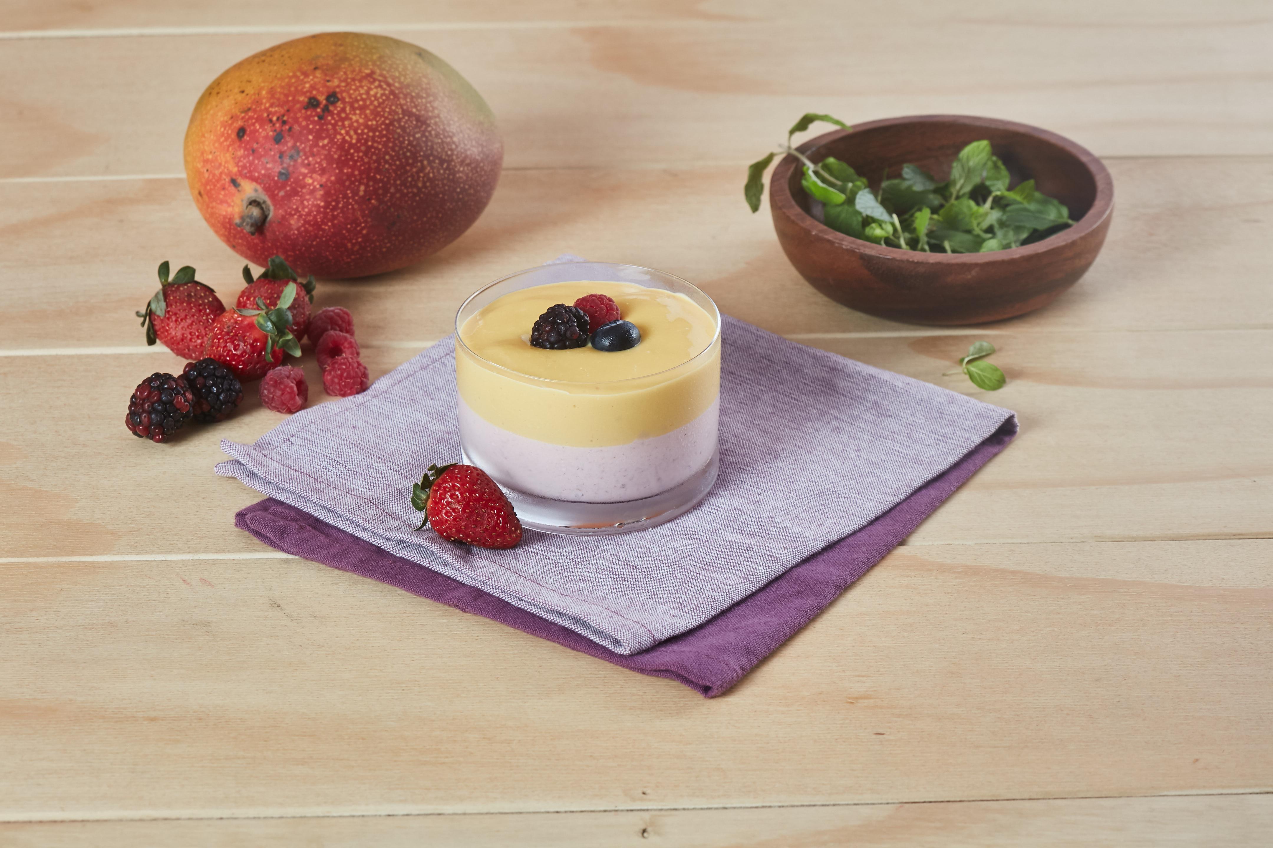 flan helado de queso con frutas