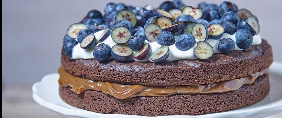 Torta Brownie con Arándanos