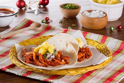 Tacos de pavo agridulces