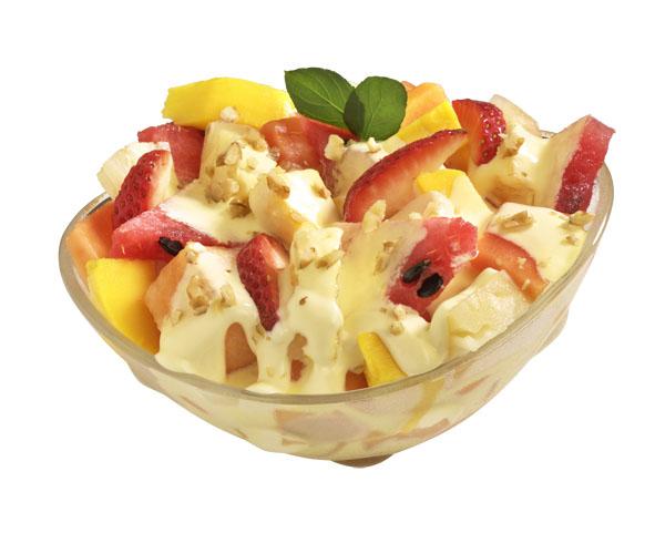 Ensalada de frutas con batido de durazno