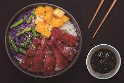 Sushi bowl de atún